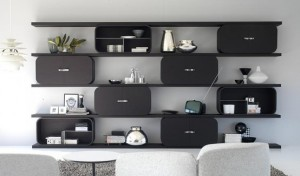 chic shelving system the cocoon by paola navone l minimalist shelves 300x176 Estantería modular