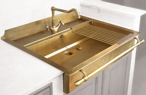old style brass sinks by restart 2 300x196 Fregadero vintage