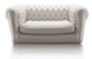 trecool inflatable sofa 01 300x193 Sofá hinchable